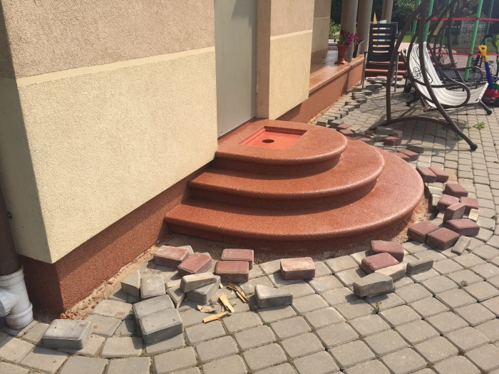 Entrance steps of a private house in Salaspils   [8]