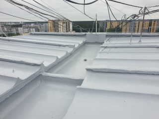 In June 2020, the concrete roof waterproofing was completed at Praulienas Street 12, Riga - 442 m2