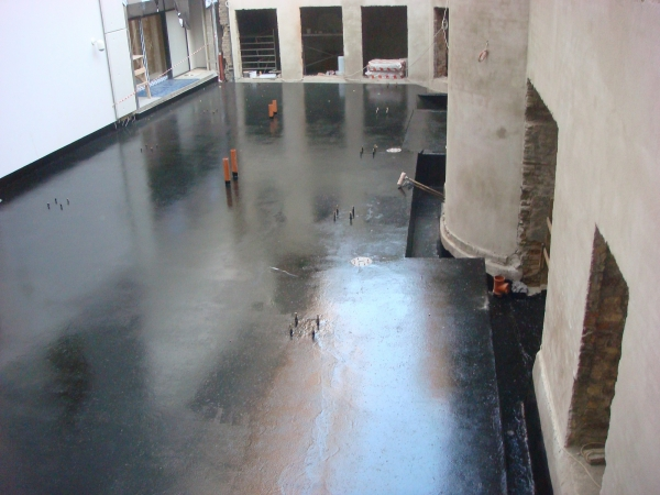 Foundation waterproofing with HYPERDESMO-1